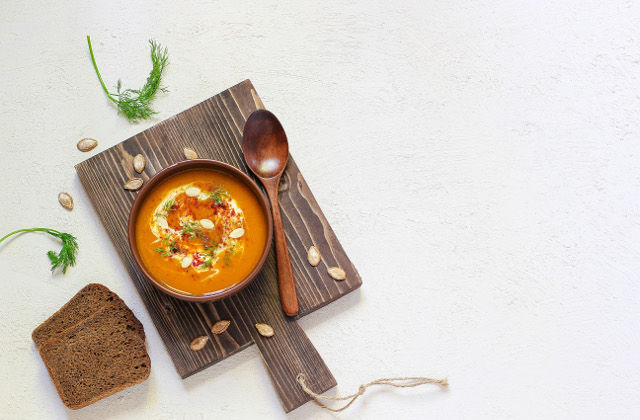 CARROT, POTATO AND GINGER CREAM SOUP
