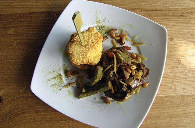Mozzarella fritta al cuscus con carciofi caramellati ai pinoli